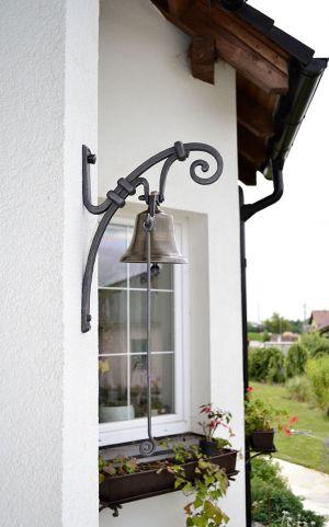 kovaný zvonek