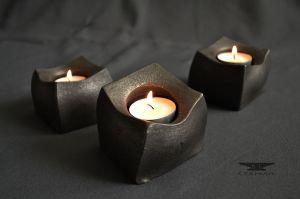 moderní stolní svícen