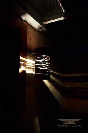 moderní světlo-kov