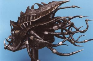 kovaná plastika Predátor